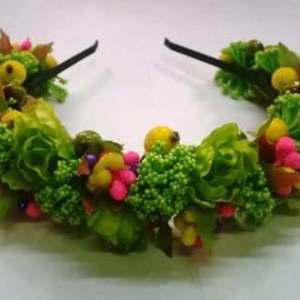 """Венок-ободок, обруч цветы и сахарные ягоды """"Салатовый букетик"""""""