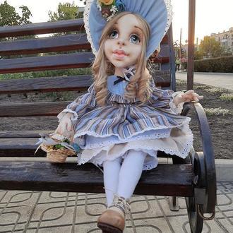 Текстильна шарнірна лялька у вінтажному стилі