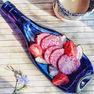 Синяя тарелка из стеклянной винной бутылки Champagne Blue для закусок и нарезок, идея для подарка