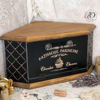 """Угловая деревянная хлебница """"Patisserie Parisienne"""". В наличии."""