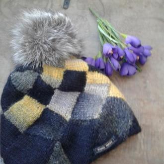 Двухслойная вязаная шапка с помпоном  Черно желтая