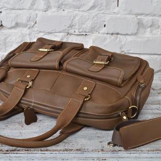Эксклюзивная и модная кожаная мужская сумка.