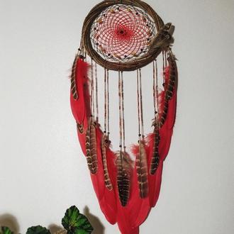 Красный ловец снов. Оригинальный подарок