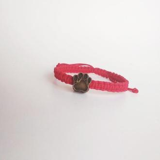"""Плетеный браслет-оберег красная нитка """"CatPaw"""""""
