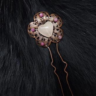 шпилька Цветок, розовый турмалин, розовый кварц, медь, бронза