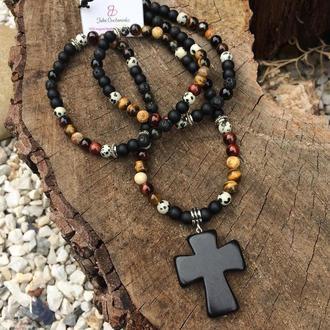 Бусы из натурального камня с крестом