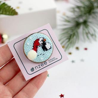 Новогодняя брошь / Брошь пингвин / Брошка з вишивкою