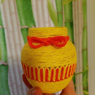 Декоративная баночка-вазочка
