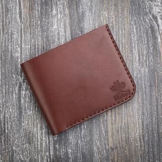 Маленький кожаный коричневый мужской кошелек