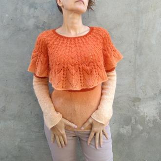 Нежный пуловер с воланом