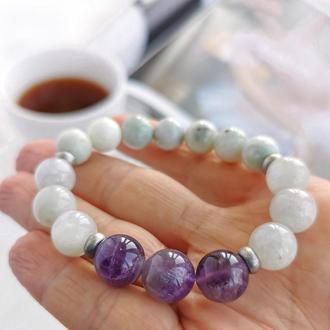 Нежный браслет из натуральных камней