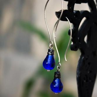 Серьги синие длинные из серебра, Необычные серьги лампочки лэмпворк