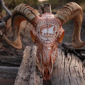 Гравированый череп барана, вікінг, морський вовк