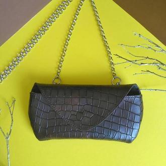 Шкіряна сумочка з італійської матової шкіри з фактурою крокодил для смартфона