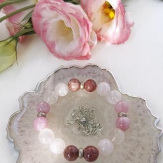 Розовый браслет из кварцев и лепидолита