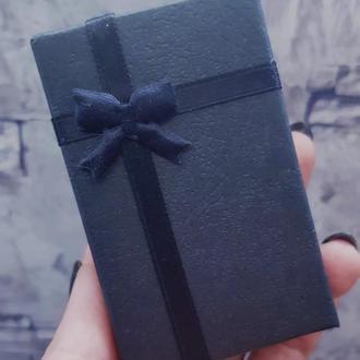 Подарочная коробочка для колец, кулона, серег