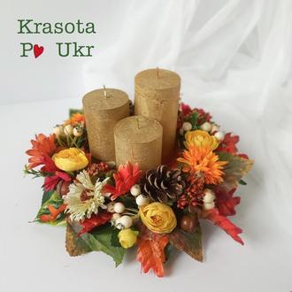 Осенний подсвечник на дереве с осенними цветами и шишками (с 3 свечами золотого цвета)