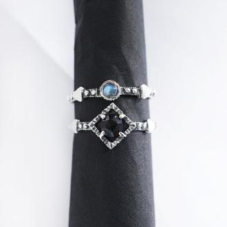 """Сет из двух серебряных колец с Черным Ониксом и Лунным камнем """"BLACKBERRY"""""""