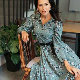 Бирюзовое платье в нежный цветочный принт
