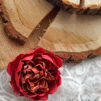 Брошка квітка червона пеонія заколка у волосся