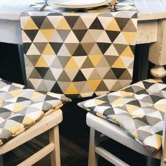 Чехол на стул. Подушка для сидения с геометрическими рисунками. Мягкое сиденье.