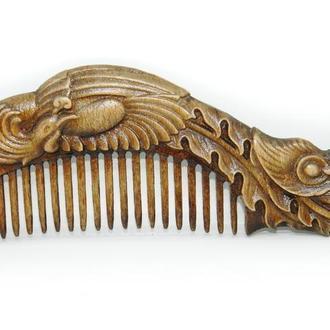 """Деревянная расчёска для волос """"Феникс""""."""
