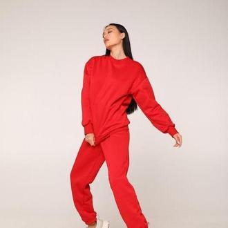 Женский утепленный свитшот оверсайз. Цвет красный