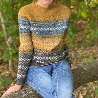 Женский жаккардовый вязаный свитер