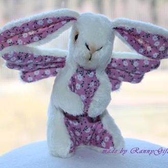 Бежевый плюшевый игрушечный кролик с крыльями, игрушка пасхальный зайчик - ангел