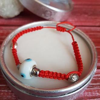 Браслеты красная нить с натуральным камнем