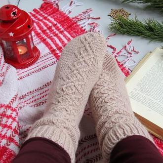 Носки вязаные шерстяные на подарок, новогодние красивые носочки для фотосессии