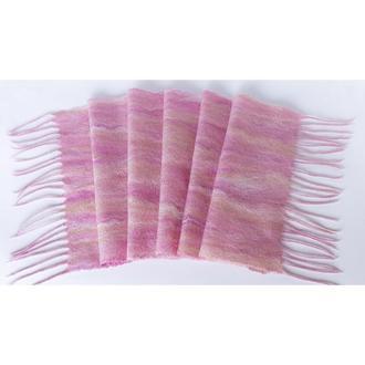 Розовый валяный шарф в полоску из шерсти мериноса