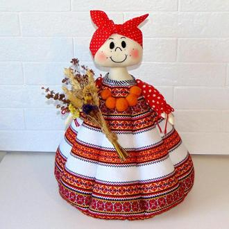 """Баба-грелка для чайника из вышитой ткани красная """"Аленка"""""""