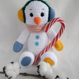 Снеговик игрушка плюшевый вязаный