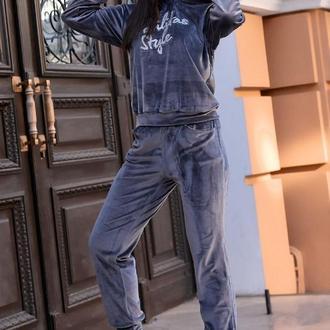Костюм спортивный женский батал nobilitas 50 - 56 серый велюр (мод. 20043)