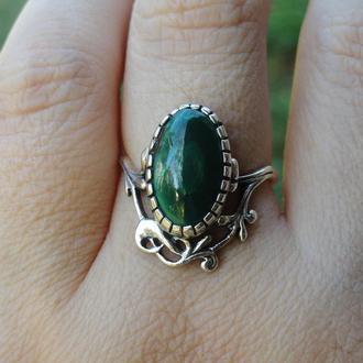 Серебряное кольцо с малахитом (17,5)