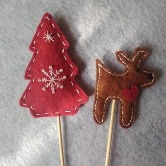 Різдвяні сувеніри з фетру на паличці