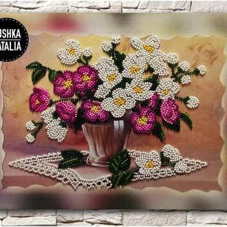 """Картина вышитая бисером на подрамнике """"Цветы в вазе"""" от Наталии Пушки"""