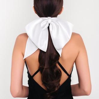 Белый бант из сатина Natochka / резинка для волос