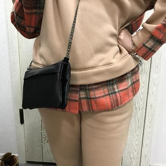 Чудова жіноча сумочка.