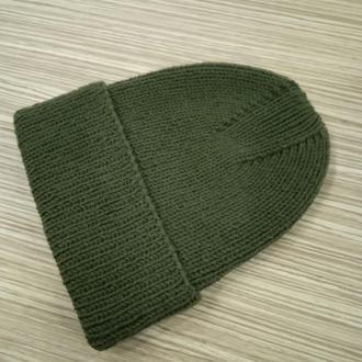 Стильная вязаная шапка
