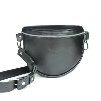 Кожаная сумка поясная-кроссбоди Vacation черная