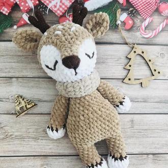 Плюшевый олень