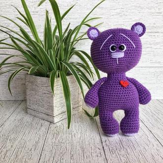 Вязаный Мишка Валентинчик   Высота игрушки 18 см.