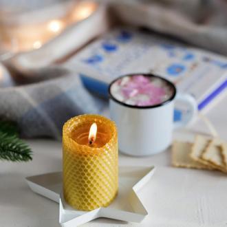 Ароматная свеча из натуральной вощины