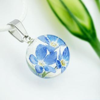 Миниатюрный кулон с голубыми незабудками. Нежная подвеска с цветами (модель № 2606) Glassy Flowers
