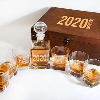 Cтеклянный набор для виски «Fuck Covid-19» в деревянном сундуке, графин и стаканы с оригинальной гра