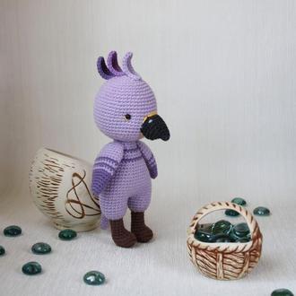 Фиолетовый попугай