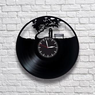 Любовь и дерево. Настенные часы из виниловых пластинок (ГРАМПЛАСТИНОК). Уникальный подарок!