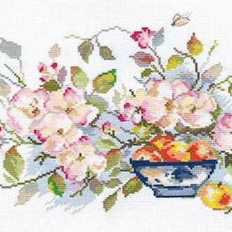 Набор для вышивки Яблоневый цвет